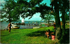 Arlington TX Recreation Center Lake Arlington Postcard unused 1950s