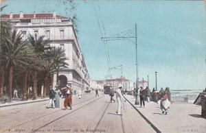 Algeria Alger Square et Boulevard de la Republique