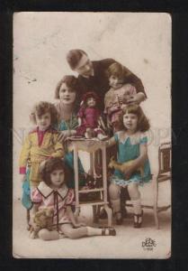 058037 Parents & KIDS w/ DOLLS vintage PHOTO Tinted