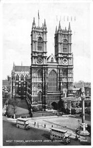 London, Westminster Abbey, West Towers, Buses Silveresque 1946