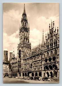 Old Cars Marienplatz Rathouas Frauenkirche Cathedral Munich Germany RPPC