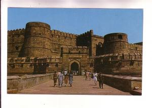 Indian People at Amar Singh Gate, Agra Fort, India