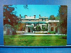 Home of President Franklin D. Roosevelt Hyde Park, New York Vintage Postcard