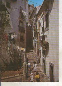 Postal 013849: Rua tipica de Alfama, Lisboa, Portugal