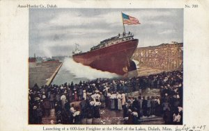 DULUTH , Minnesota, 1907 ; Launching a Freighter