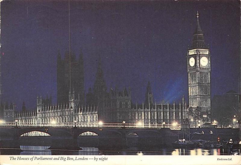 London The Houses of Parliament and Big Ben by Night Boats Bateaux Pont