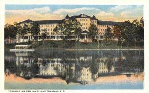 LAKE TOXAWAY, NC  North Carolina  TOXAWAY INN & LAKE  Boat Dock c1920's Postcard
