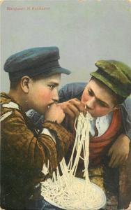 Mangiatori di Maccheroni Macaroni boys pasta spaghetti costumi italian food