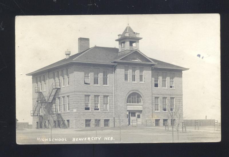 RPPC BEAVER CITY NEBRASKA HIGH SCHOOL BUILDING VINTAGE REAL PHOTO POSTCARD