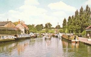 Stoke Bruerne Canal Northamptonshire Photo Postcard
