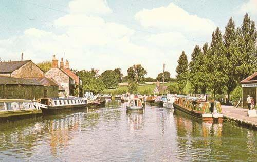 Stoke Bruerne Canal Northamptonshire Photo Postcard