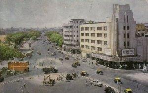 BOMBAY , India , 1965 ;  Metro Cinema