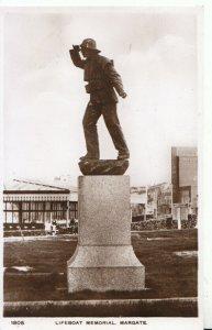 Kent Postcard - Lifeboat Memorial - Margate - Real Photograph - Ref 17878A
