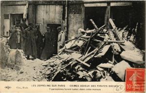CPA AK LES ZEPPELINS SUR PARIS 7 personnes furent tuées (199992)
