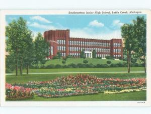 Linen HIGH SCHOOL SCENE Battle Creek Michigan MI E2242
