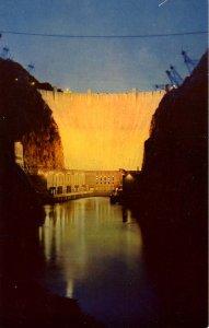 NV - Hoover (Boulder) Dam at Night
