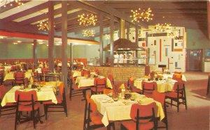 Austin Texas 1960s Postcard Villa Capri Motor Hotel Restaurant