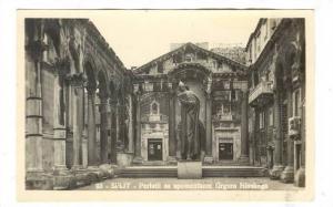 RP; Split, Croatia, 20-40s ; Peristil sa spomenikom Grgura Ninskoga