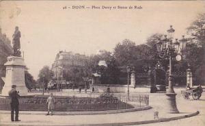 DIJON, Place Darcy et Statue de Rude, Cote d'Or, France, 00-10s