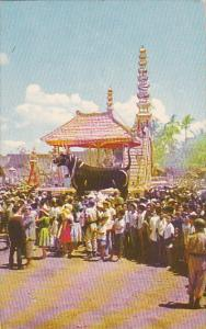 Indonesia Tempat pembakaran majat The Lembu In Wich The Remains Are Cremated
