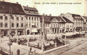Czech Republic kassa fö utcai részlet a Szentharomság szobrával 02.45