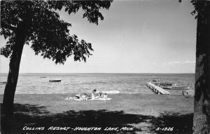 Houghton Lake Michigan~Collins Resort~Bathing Beauties~Boat Dock~1940s RPPC