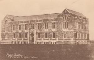 SASKATOON , Sask. , Canada , 1900-10s ; Physics Building