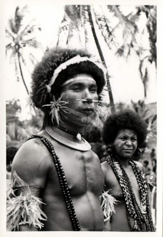 Papua New Guinea, Real Photo Native Papuas, Native Warrior (1930s) RP (18)
