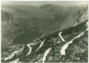 Montenegro, BOKA KOTORSKA, Serpentine, unused real photo Postcard