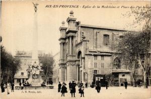 CPA AIX-en-PROVENCE Église de la Madeleine et Place des Precheurs (339931)