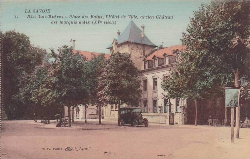 Classic Car, l'Hotel de Ville, Ancien Chateau des Marquis d'Aix, Aix Les Bain...
