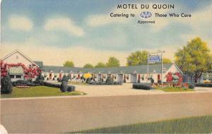 Du Quoin Illinois birds eye view Motel Du Quoin courtyard antique pc Y15669