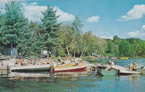 Waterfront View, Boats on Lake Boskung, Matabanick Inn, Haliburton Highlands,...