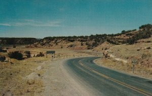 ARIZONA, 1950-60s ; Red Rock on Highway 60