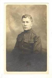 RP, US Army Soldier In Uniform With Stern Expression, 00-10s