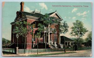 Postcard TX Gainesville c1914 View Gainesville Sanitarium Nurses on Steps N11
