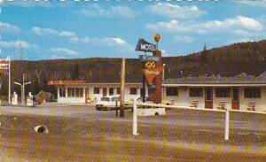 Exterior,  Motel Riverside,  Cte. Temiscouata,  Quebec,  Canada,  PU_1989