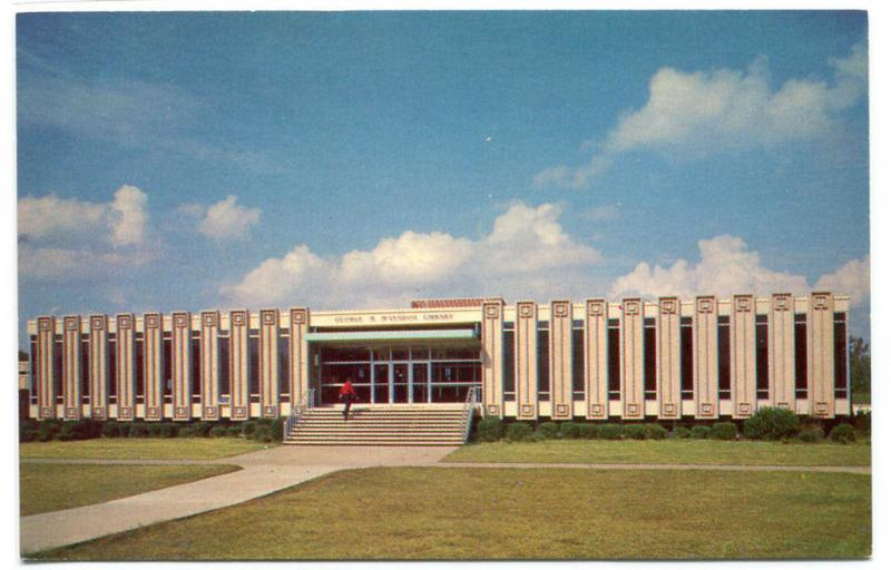 McLendon Library Hinds Junior College Raymond Mississippi MS 1960s postcard