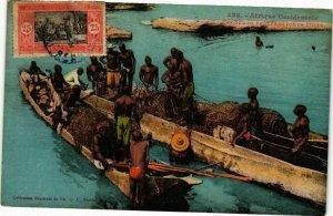 CPA AK Senegal Fortier 322. Pécheurs reutrant leurs filets (235143)