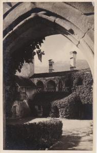 RP: Merano, Cortile nel Castello Knillenberg , Italy , 10-20s