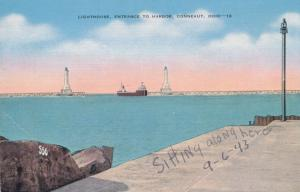 Lighthouse at Entrance to Harbor - Conneaut, Ohio - Linen