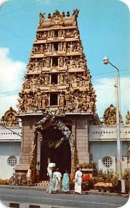 Singapore Sri Mariamman Hindu Temple  Sri Mariamman Hindu Temple