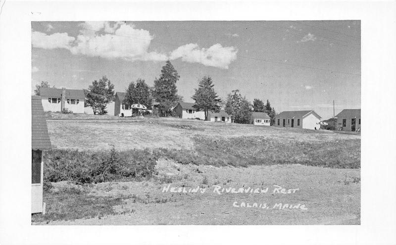 Calais Maine~Heslin's Riverview Rest~Cottages at Top of Hill~1950s B&W Postcard