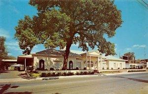 Riebe-Saunders Chapels San Antonio, Texas, USA Funeral Home Unused