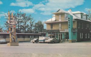 Hotel Manoir Ville Degelis, Riviere-du-Loup, Quebec, Canada, PU-1985