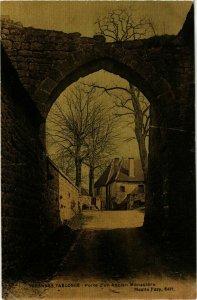 CPA Varennes l'Arconce Porte d'un Ancien Monastere FRANCE (953239)