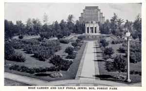 MO - St Louis. Forest Park. Jewel Box, Rose Garden and Lily Pools