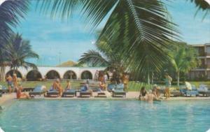 Mexico Puerto Vallarta Alberca del Hotel Posada Vallarta Swimming Pool 1968