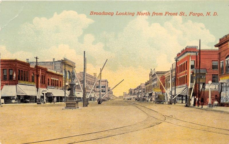 Fargo North Dakota~Broadway Looking North @ Front Street~Traffic Arms~c1910 Pc