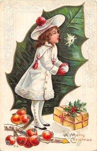 F76/ Valentine's Day Love Holiday Postcard c1910 Pretty Girl Snowball 10